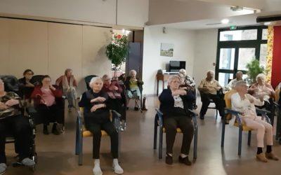 Naissance du club de danse sur chaise à la Maison du Telhuet (76)